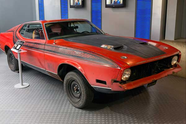 Ford Mustang Mach 1 - Diamonds Are Forever