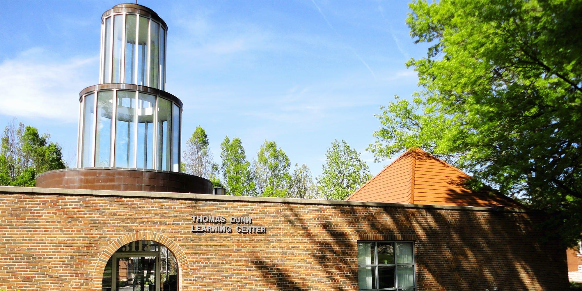 Thomas Dunn Learning Center. Photo by Paul Sableman.
