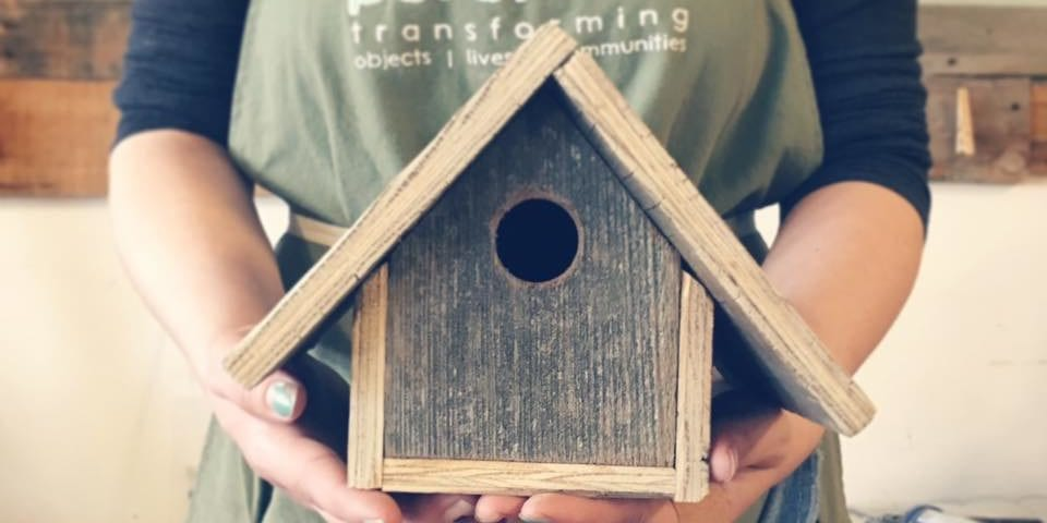 Perennial DIY bird house workshop