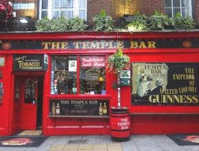 De pub Temple Bar in de gelijknamige wijk, Dublin