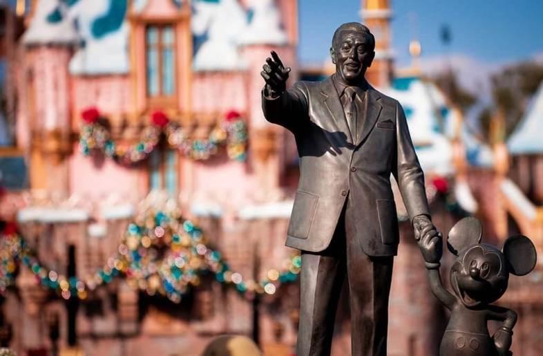 Mickey and Walt Disney statue at Disneyland