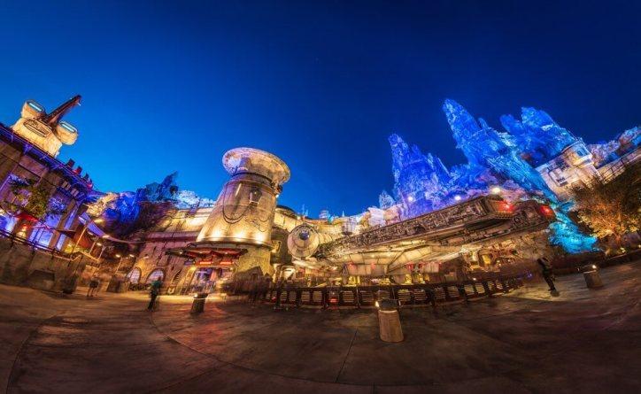 Disney's Star Wars Galaxy's Edge at Night