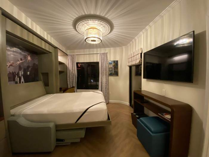 Inside Riviera Resort's Tower Room
