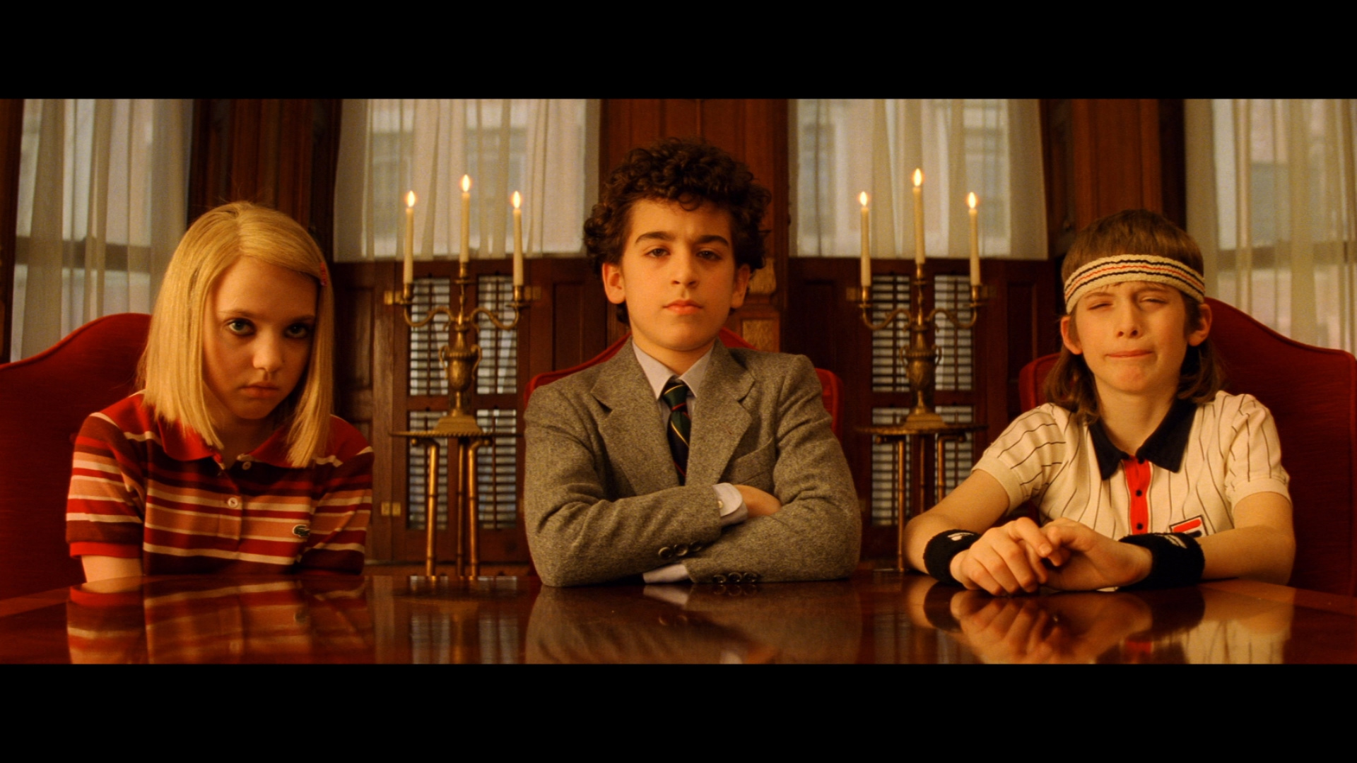 https://i1.wp.com/www.dvdbeaver.com/film4/blu-ray_reviews57/royal%20_tenebaums_blu-ray_/large/large_royal_tenebaums_blu-ray_x01.jpg
