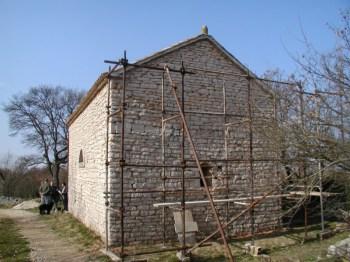 Crkva na kunfinu triju općina