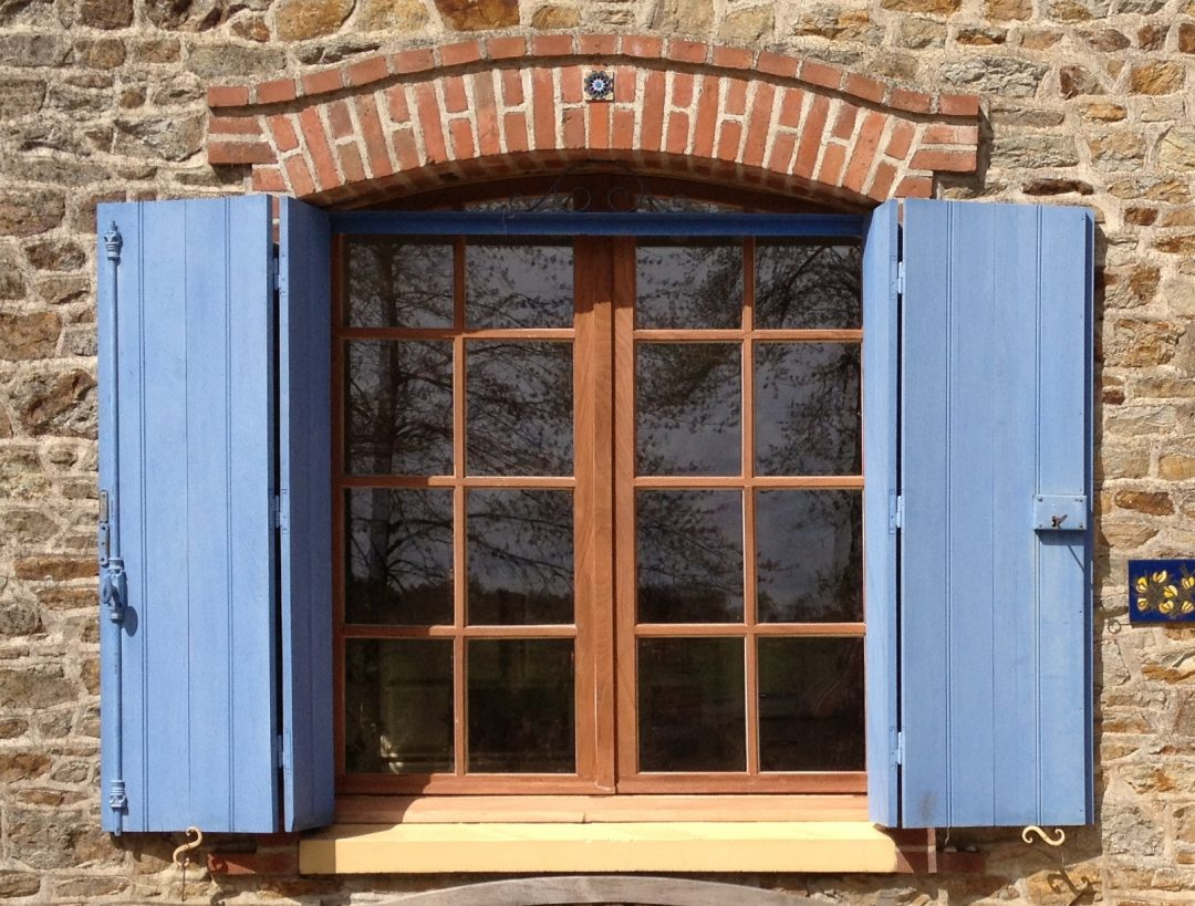 Rénovation fenêtres en bois et double vitrage à Caen