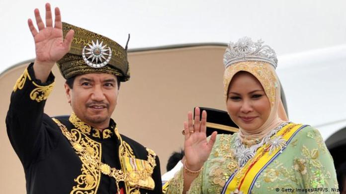 Sultanah Nur Zahirah 9 Wanita Muslim Terkaya di Dunia