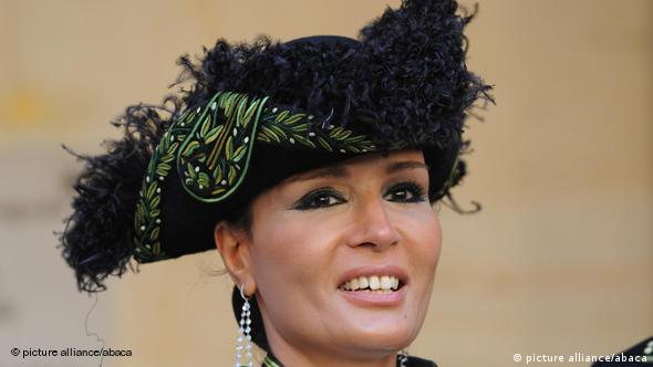 Sheikha Mozah Binti Nasser al Misnad 9 Wanita Muslim Terkaya di Dunia