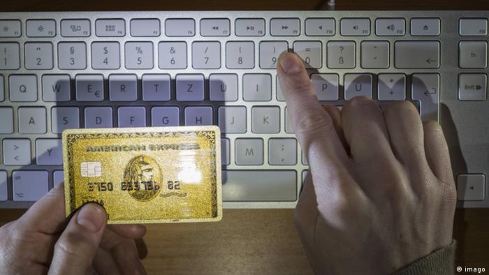 Symbolbild Kreditkartenbetrug Cyberkriminalität (imago)