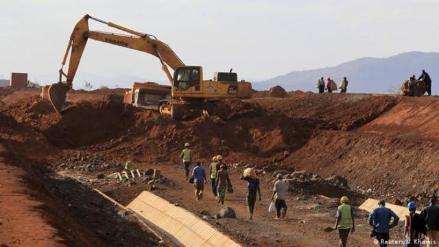 Kenia chinesische Investitionen in die Eisenbahnstrecke Mombasa-Nairobi (Reuters / N. Khamis)