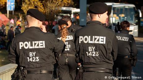 Deutschland Grenzkontrollen an der Grenze zu Österreich (Getty Images / J. Simon)