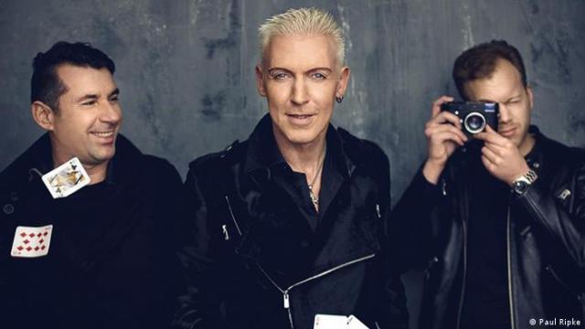 Разом із такими музичними колективами, як Tangerine Dream, Kraftwerk, Modern Talking, Rammstein, Scorpions та Boney M., Scooter - один із найуспішніших гуртів за історію Німеччини