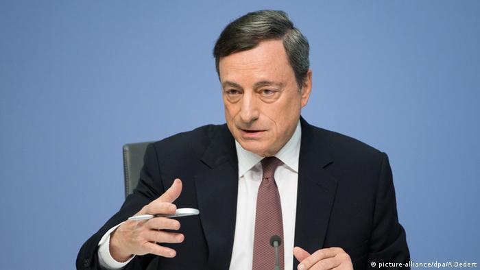Mario Draghi EZB PK Frankfurt am Main (picture-alliance/dpa/A.Dedert)