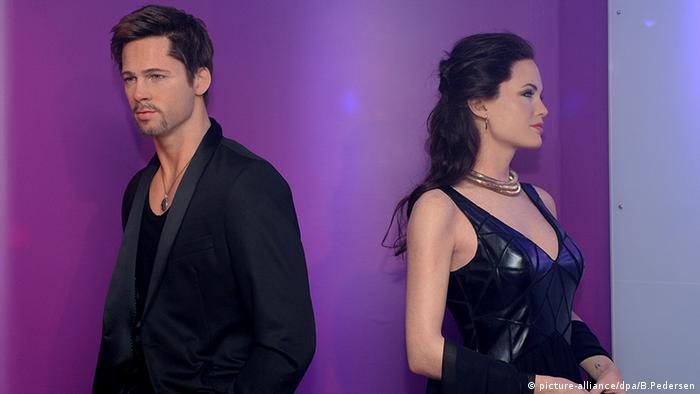 Madame Tussauds Wachsfiguren Kabinett Brad Pitt Angelina Jolie Berlin (picture-alliance/dpa/B.Pedersen)