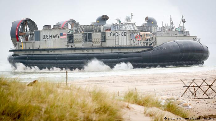 Bote estadounidense durante ejercicio militar de la OTAN