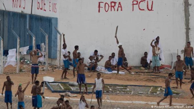 Military police gain precarious control after Brazil prison chaos ...