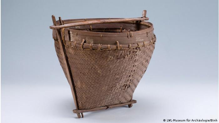 Бамбуковая корзина