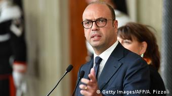 Italien Außenminister Angelino Alfano (Getty Images/AFP/A. Pizzoli)