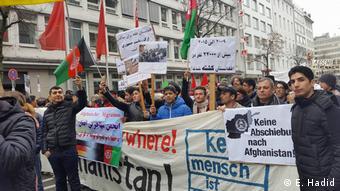 Deutschland - Proteste in Köln und Düsseldorf gegen die Deportation nach Afghanistan (E. Hadid)