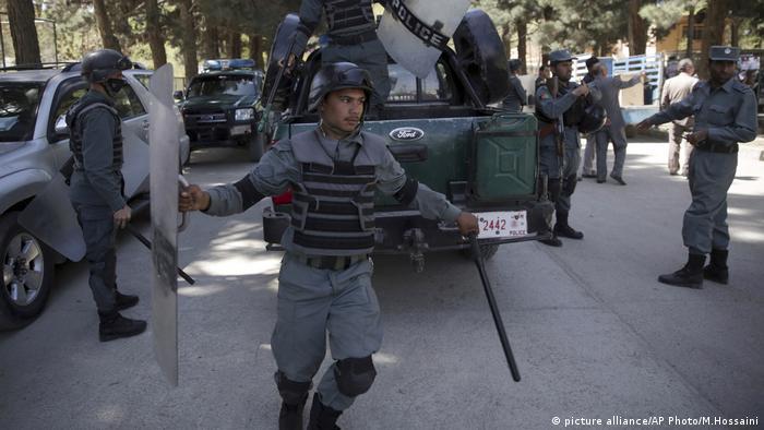 Kabul Afghanistan Polizei (picture alliance/AP Photo/M.Hossaini)