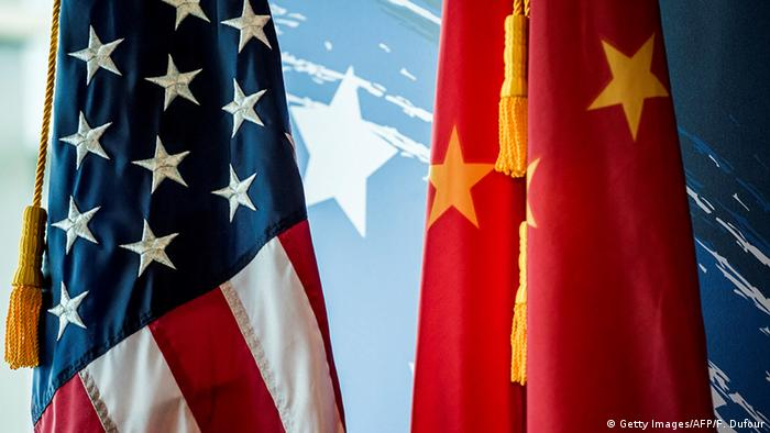 US and Chinese flags (Getty Images/AFP/F. Dufour)