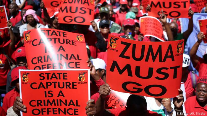 South Africa unions protest waving flags against Jacob Zuma