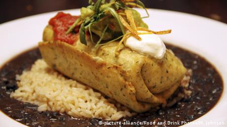 Chimichanga (picture-alliance / Food and Drink Photos / M. Johnson)