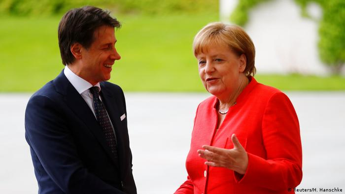 Merkel with Italy's Giuseppe Conte (Reuters/H. Hanschke)