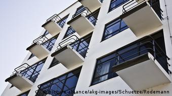 Deutschland Dessau Bauhaus Atelierhaus Prellerbau (picture-alliance/akg-images/Schuetze/Rodemann)