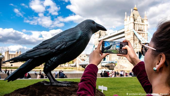 Huawei Smartphone in Großbritannien (picture-alliance/empics/J. Nguyen)