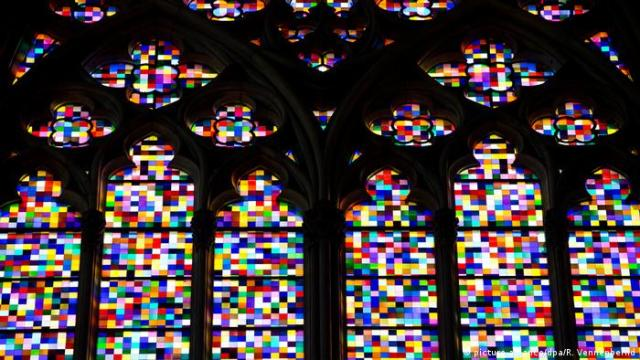 Cologne Cathedral windows by Gerhard Richter (picture-alliance/dpa/R. Vennenbernd)