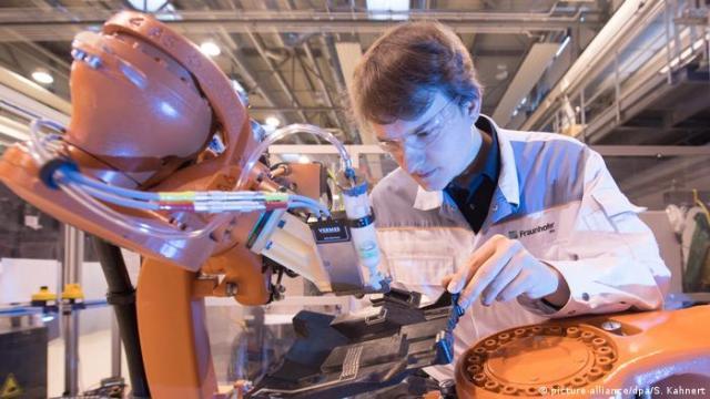 Інститут Товариства у Дрездені спеціалізується на штучному інтелекті