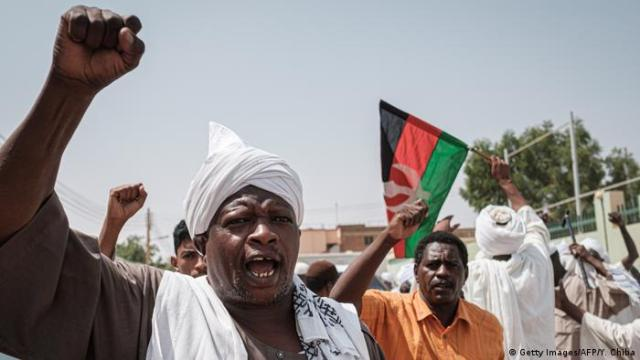 Sudan Demonstrationen in Omduran (Getty Images / AFP / Y. Chiba)