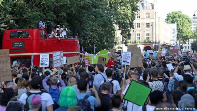UK Anti-Boris Johnson-Proteste in Russell Square (picture-alliance / dpa / S. Parsons)