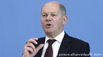 Αισθητή αύξηση του χρέους αναμένει ο υπουργός Οικονομικών