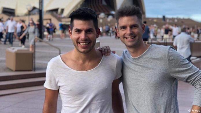 Der Deutsche Christian Krüger und der Argentinier Javier Romeo, seit 2015 verheiratet