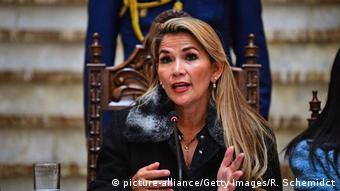 Jeanine Añez (picture-alliance/Getty Images/R. Schemidct)