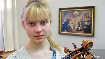 Johanna Schreiber vom Studentinnenrat der HMT (Foto: Ronny Arnold)Thema: Studiengebühren an der Leipziger HMTAufnahme: April 2013