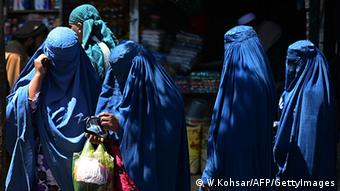 Women go to vote in Kabul April 5, 2014