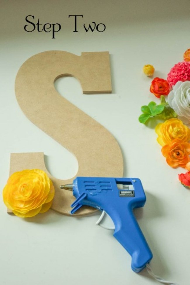 How to hot glue silk flowers on large letters
