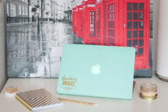 easy diy laptop decal