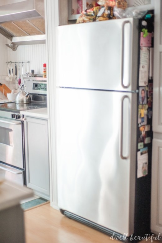 How to Clean Stainless Steel the Fast and Easy Way! - Dwell Beautiful