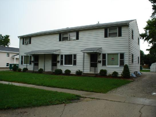 817 Greenbrier Rd, DeKalb, IL 60115 (Over a Mile Away)