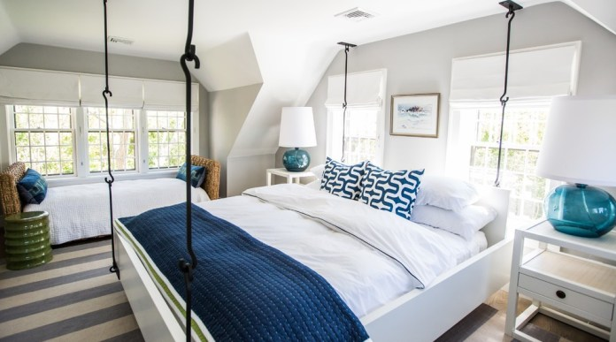 Dazzling-Navy-And-Coral-Bedding-mode-Boston-Beach-Style-Bedroom