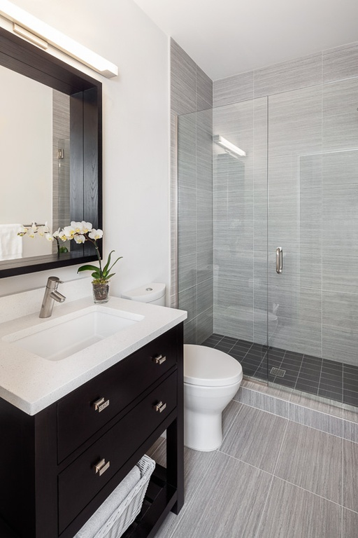 30 Marvelous Small Bathroom Designs Leaves You Speechless on Modern Small Bathroom  id=97080