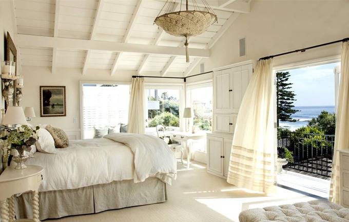 summer-master-bedroom