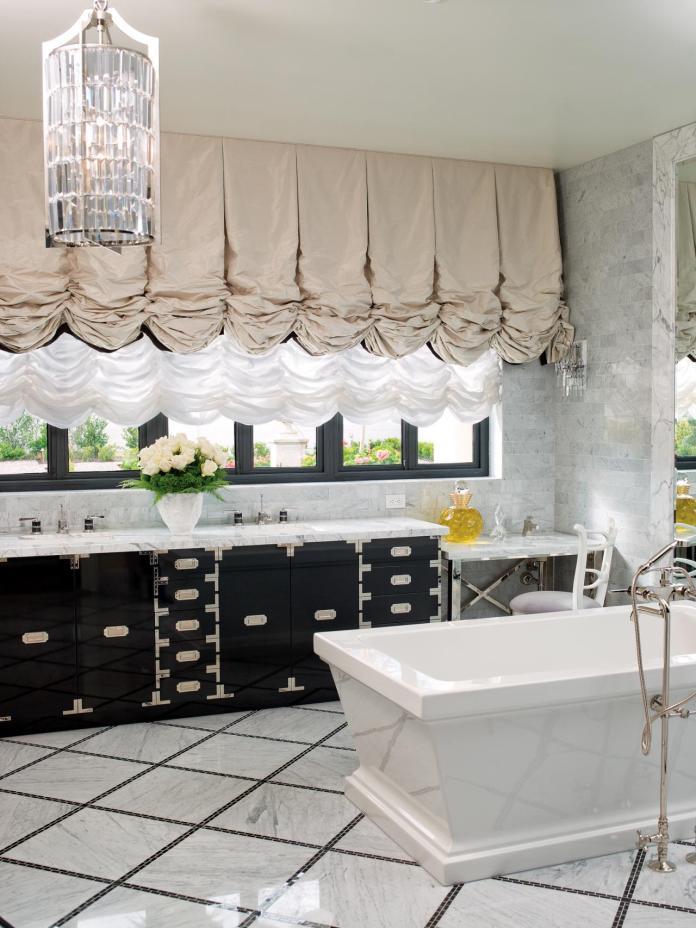 Dazzling Master Bathroom in Black and White