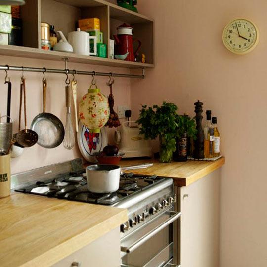 small-kitchen-storage-idea