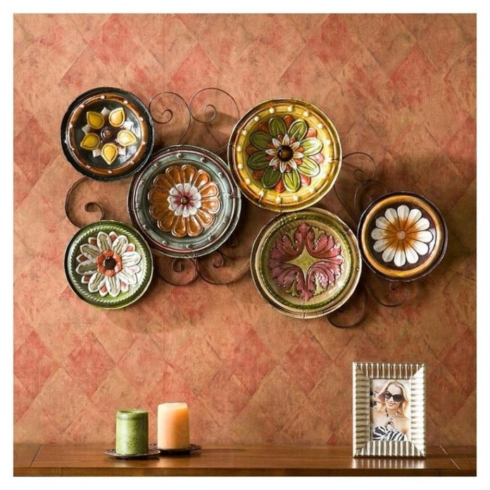 two-ways-to-buy-decorative-wall-plates