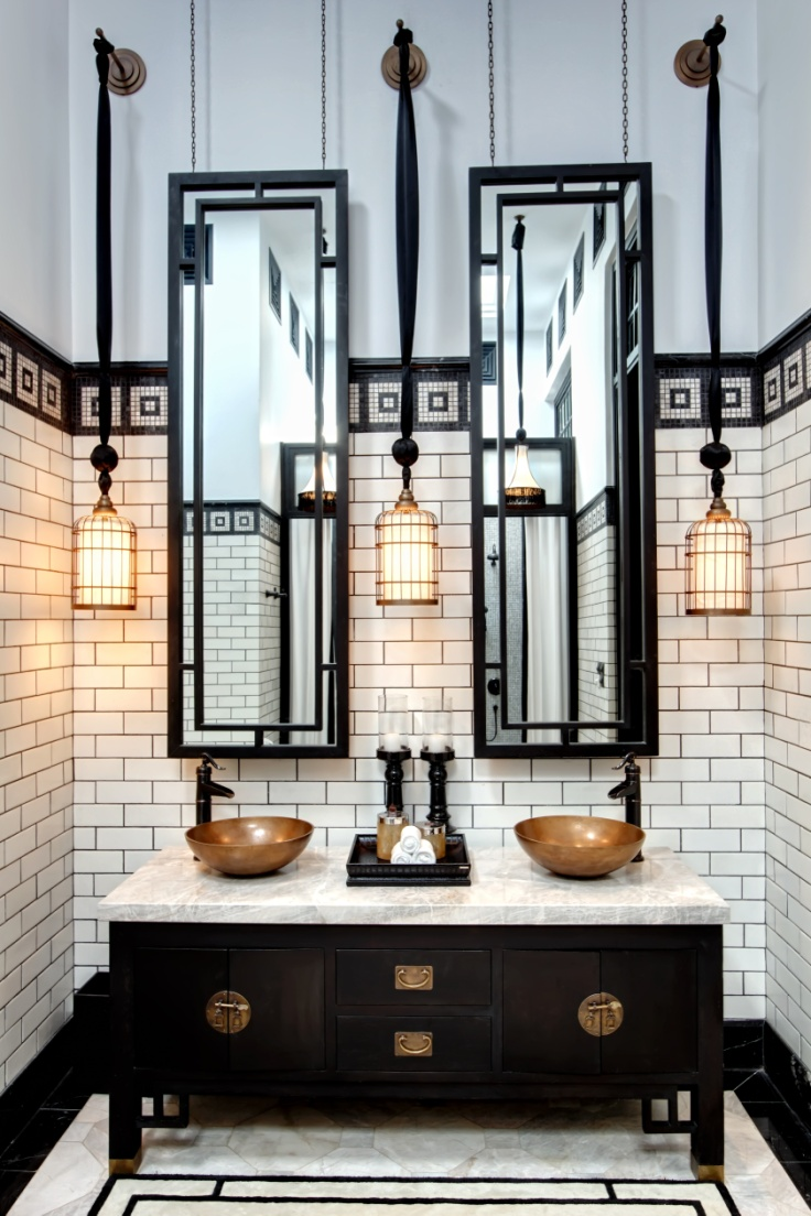 Black and cream dramatic bathroom